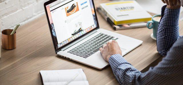 Waar moet je opletten bij het opstarten van een eigen website?